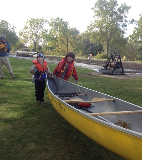 Moving canoes-2 2015